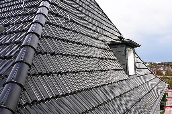 Steildachsanierungen von unserem Dachdeckerbetrieb Mende GmbH